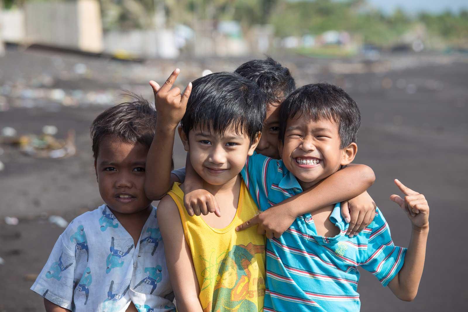 Filipinas-escuelas-de-bajo-coste